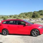 Die Seitenpartie des neuen Ford Focus ST Tunier