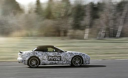 Jaguar F-Type hier noch getarnt