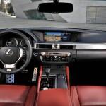 Das Armaturenbrett des Lexus GS 450h