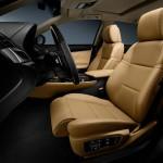 Die Ledersitze des neuen Lexus GS 450h