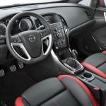 Das Cockpit der neuen Opel Astra Baureihe