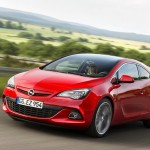 Opel Astra GTC Modell 2012 in Rot