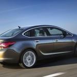 Die neue Opel Astra Limousine 2012