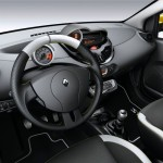 Das Interieur des Renault Twingo R.S. Red Bull Racing