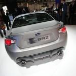 Heckansicht des Sportwagens Subaru BRZ