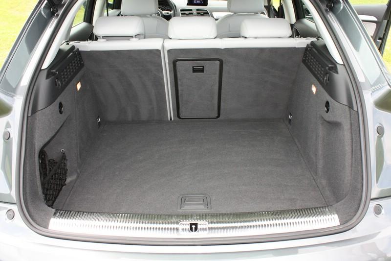 Galerie: Audi Q3 quattro 2.0 TSFI Gepäckraum | Bilder und ...