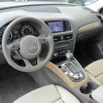 Der Innenraum des Audi Q5 hybrid quattro