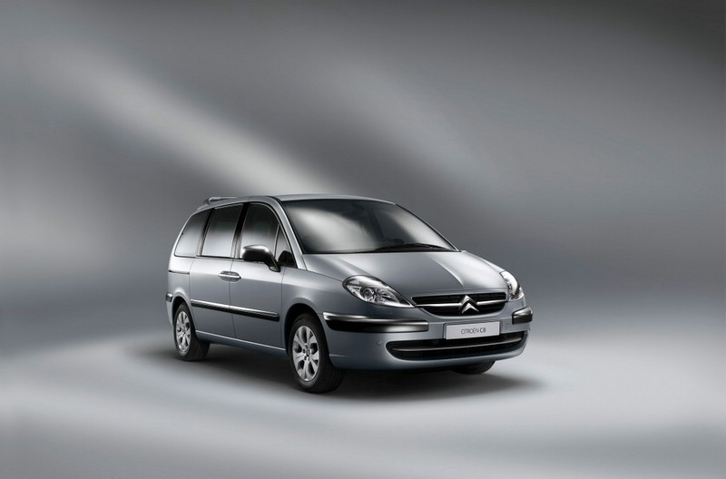 Citroen C8 Facelift in der Frontansicht