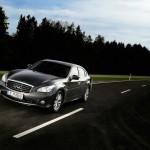 Der neue Infiniti M35h mit Hybridantrieb