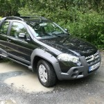 Fiat Strada Adventure in schwarz