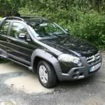 Fiat Strada Adventure in schwarz
