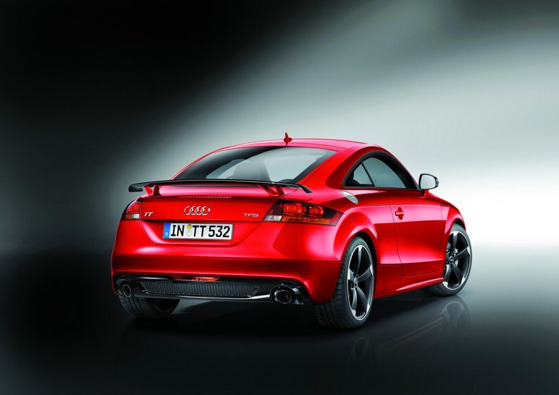 Audi TT Coupe S Line Competition in der Heckansicht