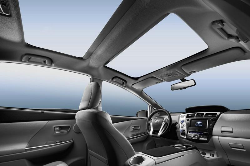 Galerie Toyota Prius Plus Interieur Bilder Und Fotos