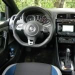 Das Cockpit des VW Polo Blue GT