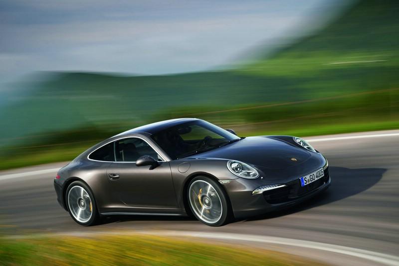 Porsche 911 Carrera 4 auf der Strecke
