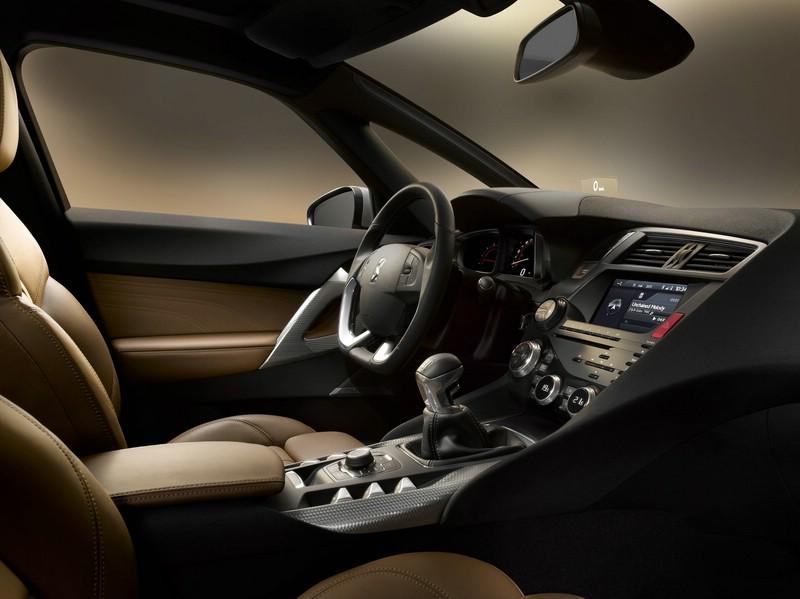 Der Innenraum des Citroen DS5