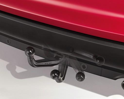 Ford bietet für den Focus eine elektrisch ausschwenkbare Anhängerkupplung