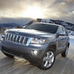 Jeep Grand Cherokee Overland Summit in der Frontansicht