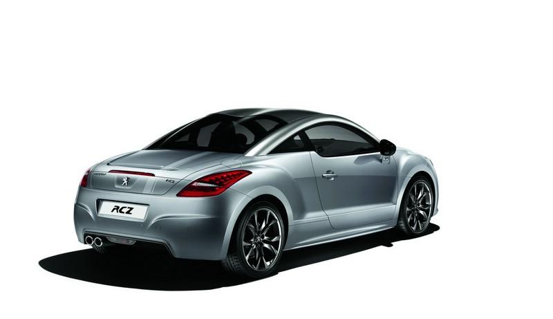 Sondermodell Peugeot RCZ Onyx in der Heckansicht