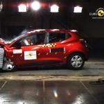Der Renault Clio beim Crashtest von EuroNCAP