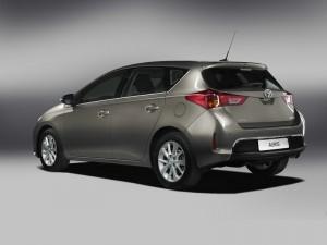 Die Heckpartie des 2013 Toyota Auris