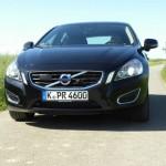 Volvo V60 D5 mit 211 PS von vorne