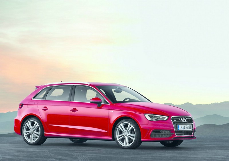 Audi A3 Sportback S line in Rot 2012