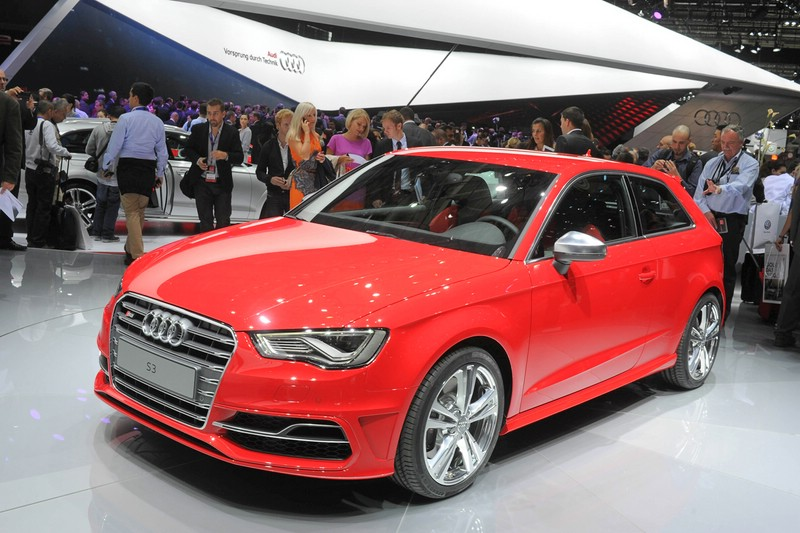 Neuer Audi S3 hat Premiere in Paris