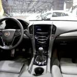 Der Innenraum des Cadillac ATS - Cockpit, Armaturenbrett, Mittelkonsole