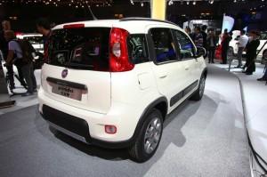 Fiat Panda Natural Power in Weiss auf der Paris Motor Show 2012