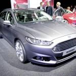 Die neue Generation des Ford Mondeo Kombi auf dem Pariser Autosalon 2012