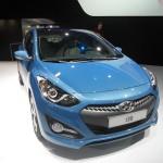 Hyundai i30 in Blau in der Frontansicht