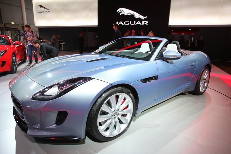 Jaguar F-Type auf der Paris Motor Show 2012