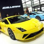 Gelber Lamborghini Gallardo LP 560-4 auf der Automesse in Paris