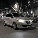 Der aktuelle Lancia Ypsilon bei Dämmerung