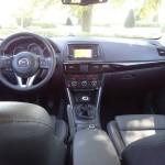 Das Armaturenbrett des Mazda CX-5