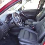 Die Fahrerseite des Mazda CX-5 - Interieur