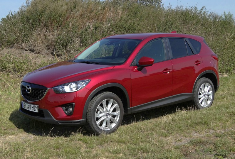 Mazda CX-5 Skyactiv-G AWD Center-Line in Rot
