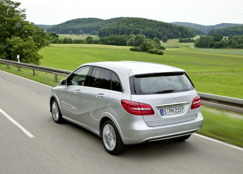 Heckansicht: Erdgasauto Mercedes-Benz B 200 Natural Gas Drive