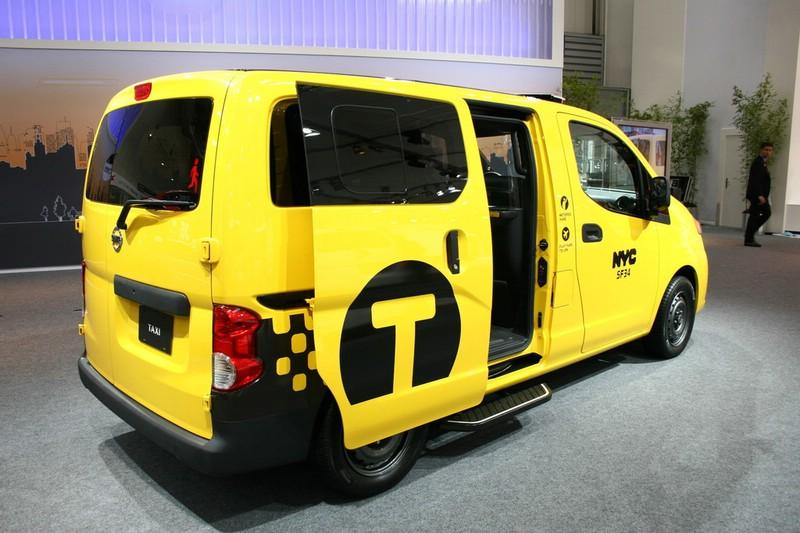 galerie nissan nv200 yellow cab schiebet r bilder und. Black Bedroom Furniture Sets. Home Design Ideas