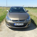 Opel Astra Limousine 2012 Frontpartie