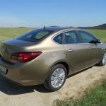 Heckpartie der Opel Astra Limousine