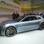Der Porsche Panamera Sport Turismo leistet 416 PS