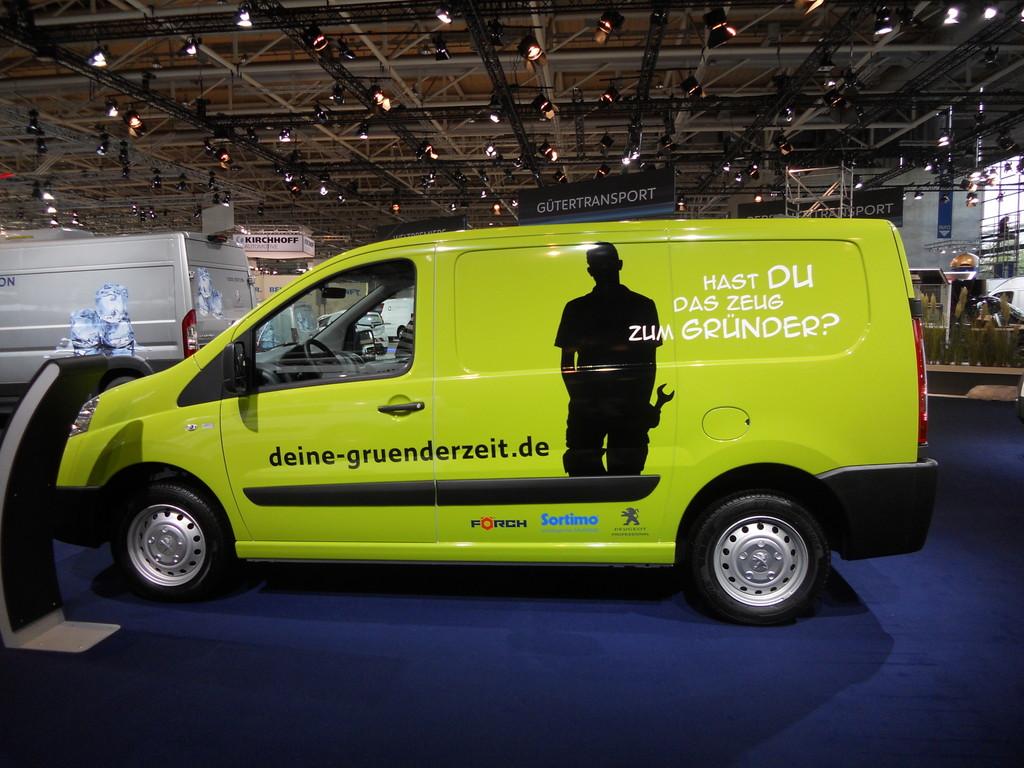 Peugeot Expert auf der Nutzfahrzeugmesse IAA 2012 in Hannover