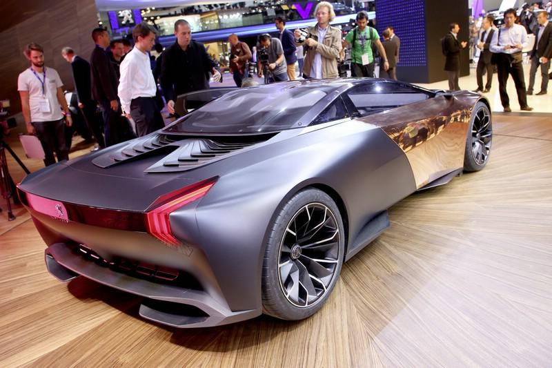 Peugeots Supersportwagen Concept-Car Onyx in Paris