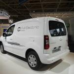 Der neue Peugeot Partner Electric in der Heckansicht