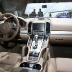 Das Cockpit des Porsche Cayenne S Diesel