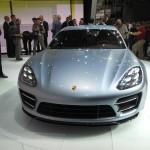 Die Frontpartie des Porsche Panamera Sport Turismo