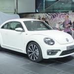 VW Beetle R-Line in Weiss in der Topversion Sport