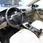 Das Innenraum - Interieur des Volkswagen Golf 7